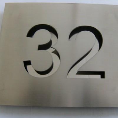 Ref. D027/nr